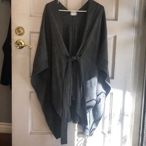 New york and co poncho jacket